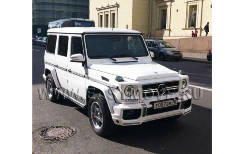 Mercedes Gelandewagen белый